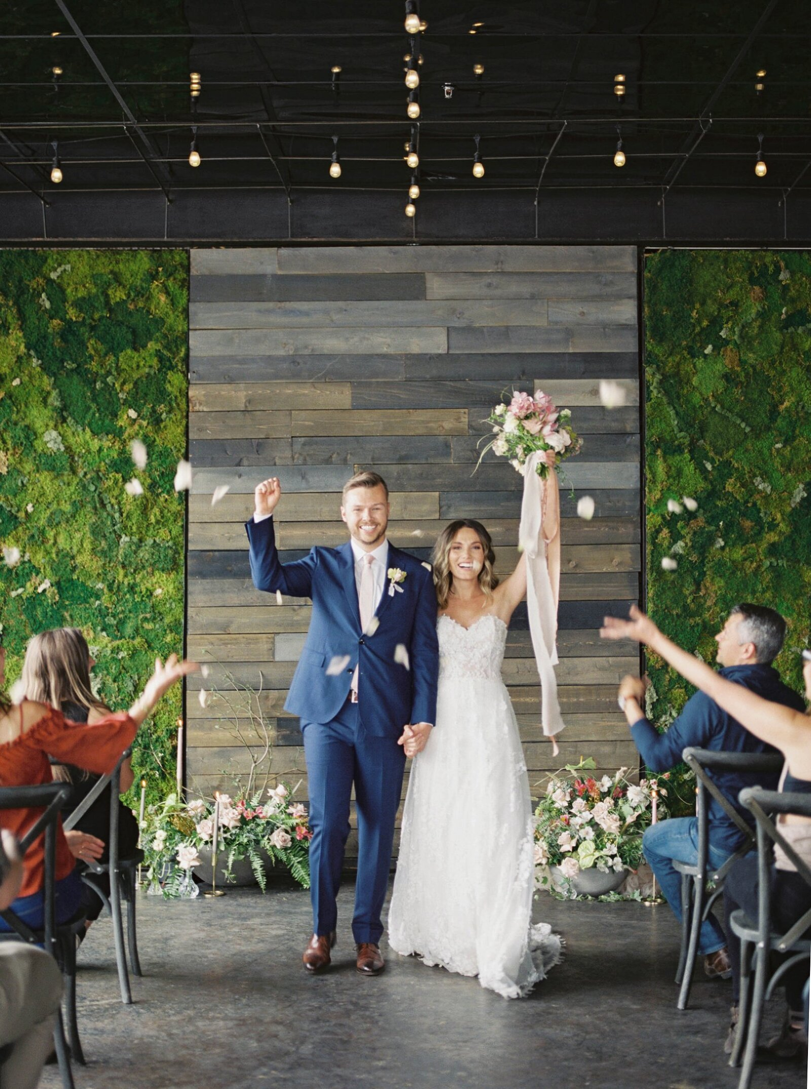 Denver wedding photography, elegant light and airy wedding ceremony Amanda Berube